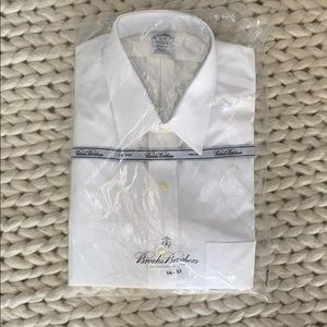 NWT Brooks Brothers non iron classic dress shirt